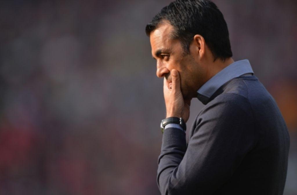 Drei Spiele, null Punkte: Der Druck auf den VfB Stuttgart und den Manager Robin Dutt steigt. Foto: Getty Images