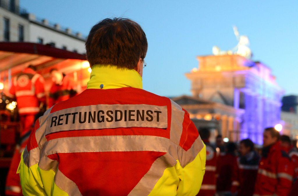 Rettungskräfte waren 2019 im Vergleich zu den Vorjahren häufiger Gewalt ausgesetzt. Foto: dpa/Britta Pedersen
