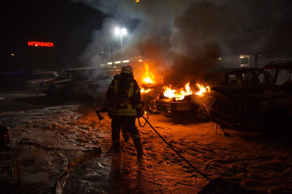 Der mutmaßliche Feuerteufel von Ludwigsburg hat noch mehr Taten begangen als bisher angenommen: Neben Bretten, Bruchsal und Karlsruhe schlug der Mann zwischen Oktober 2011 und März 2013 auch in den Regionen um Ludwigsburg und Pforzheim zu. Foto: www.7aktuell.de   Dan Becker