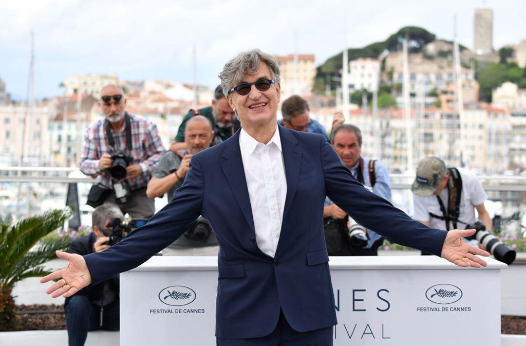 Zurück auf der großen Bühne: Wim Wenders ist nach Cannes gekommen, um  seinen Film über Papst Franziskus vorzustellen. Foto: AFP