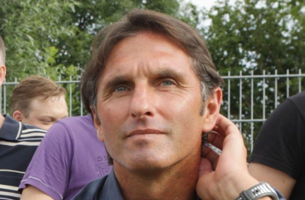 Bruno Labbadia ist seit dem 12. Dezember 2010 Trainer beim VfB Stuttgart. In der Bilderstrecke zeichnen wir die wichtigsten Stationen seiner Karriere nach. Foto: Baumann