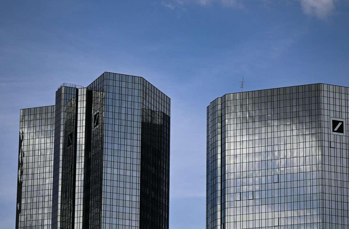 Die Zwillingstürme der Deutschen Bank in Frankfurt Foto: dpa/Arne Dedert