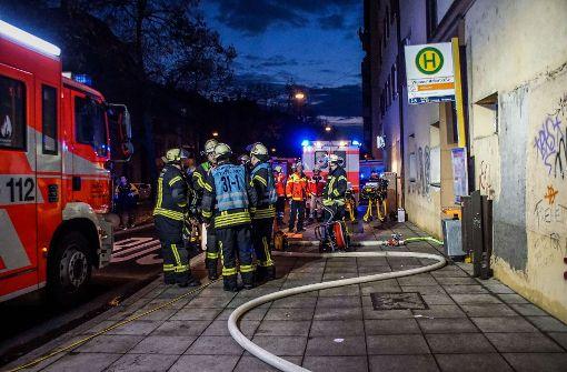 Küchenbrand vertreibt Hausbewohner