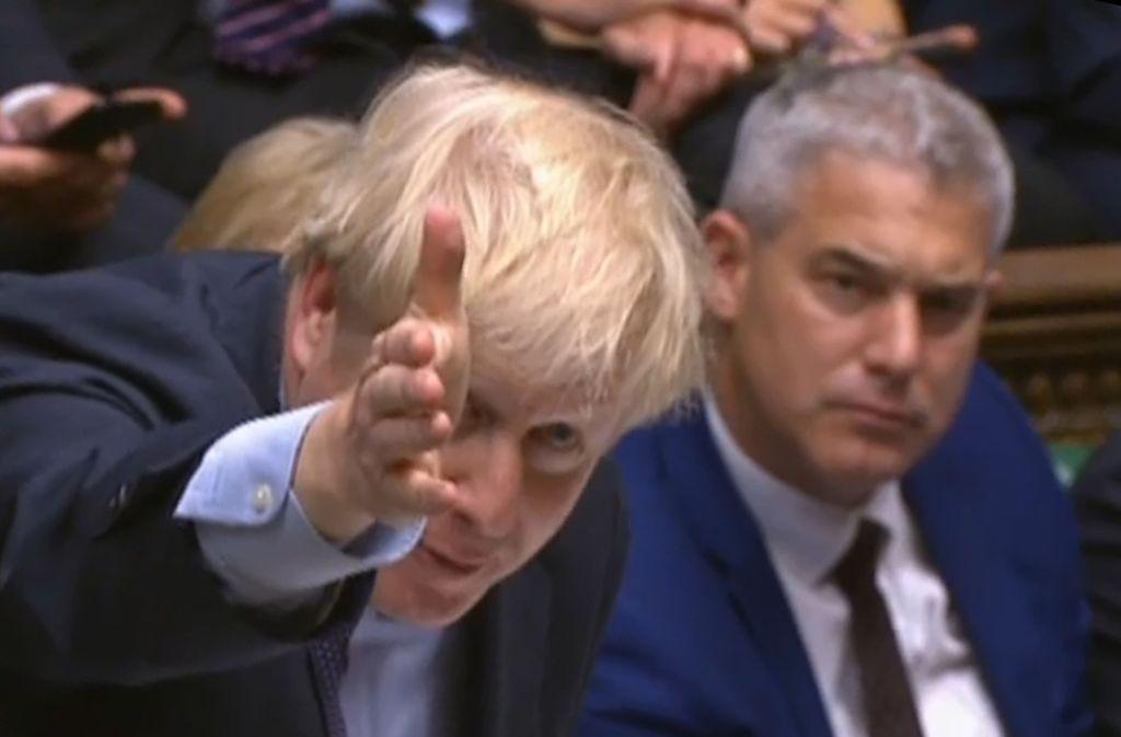 Boris Johnson erhöht den Druck auf das Parlament. Foto: AFP/HO