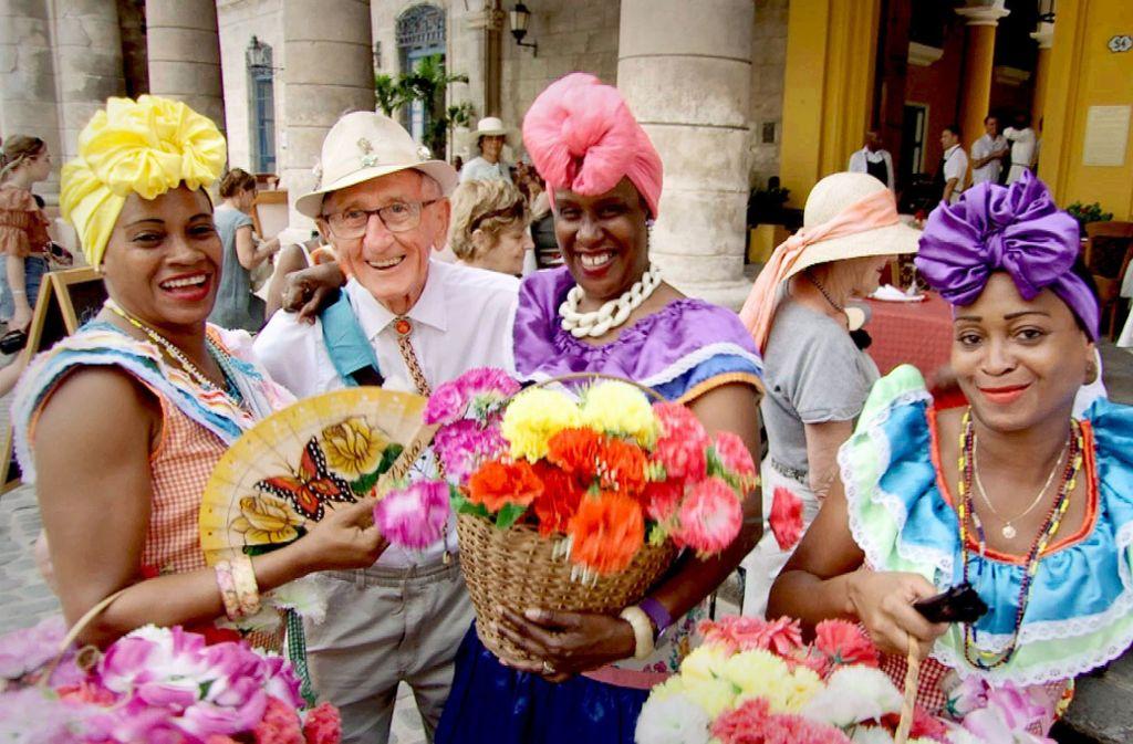 Der Reisende Ernst genießt seinen Aufenthalt in  Havanna. Foto: ZDF