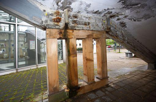 Bahnhofstreppe   bleibt Sanierungsfall