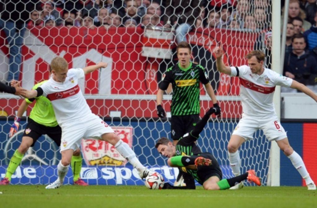 Der VfB wollte gegen Gladbach ein Zeichen setzen, verfällt bei der Heimniederlage aber wieder in alte Muster. Foto: dpa