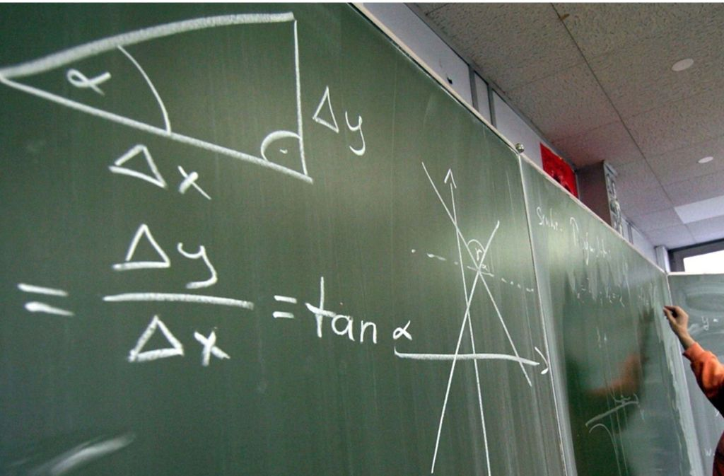 Für die einen ein Alptraum, für die anderen ein Traumfach: Mathematik ist zurzeit gefragt. Foto: dpa