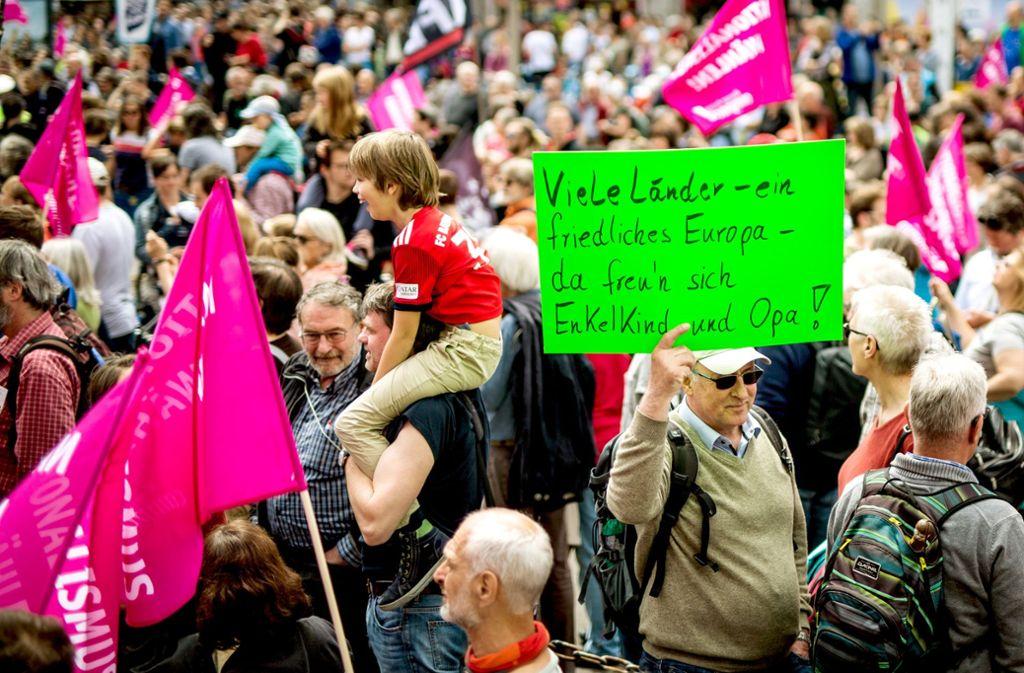 Flagge zeigen für Europa. Foto: Lichtgut/Christoph Schmidt