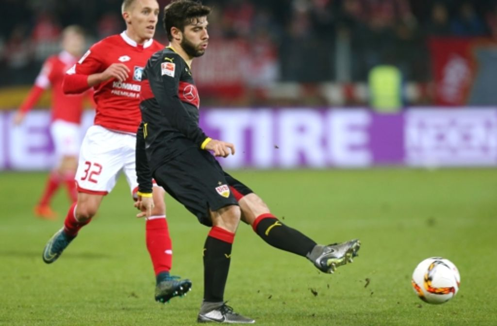 Der Linksverteidiger Emiliano Insúa hat  sich beim VfB schnell zu einer festen Größe entwickelt. Foto: Baumann