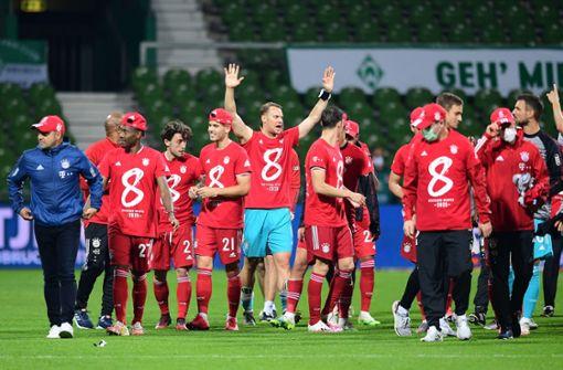 FC Bayern zum 30. Mal Meister – Paderborn steigt wieder ab
