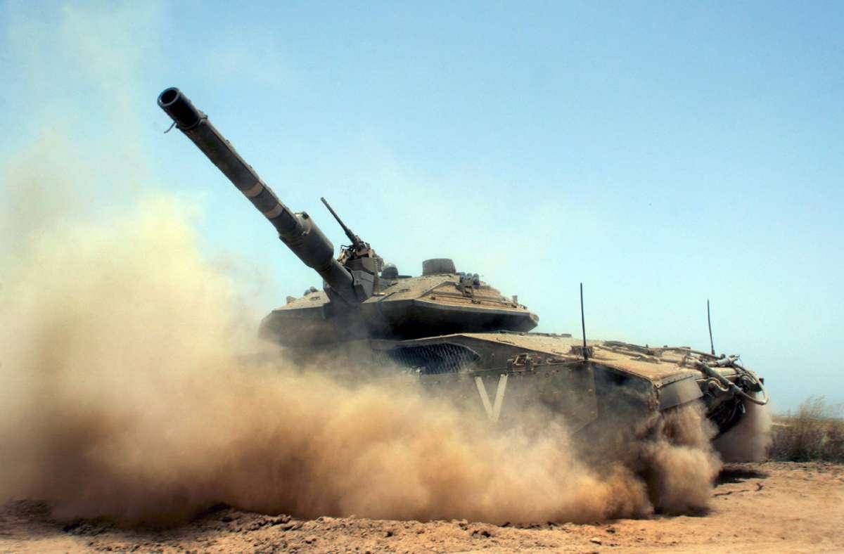 Aus dem Libanon sind zwei Raketen auf Israel abgeschossen worden Foto: dpa/A2800 epa Hollander