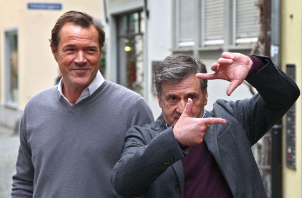 Der französische Schauspieler Daniel Auteuil (rechts) und der deutsche Schauspieler Sebastian Koch am Set in Lindau. Foto: dpa