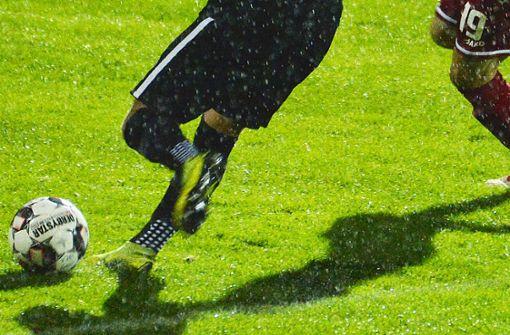 """Ibuprofen wie Smarties"": Doku schildert Medikamentenkonsum im Fußball"