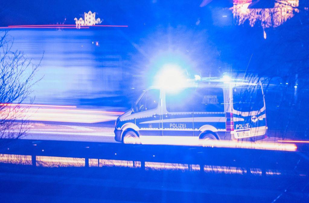 Die Polizei stellte den jungen Mann später an einem Bahnhof in St.Leon-Rot. (Symbolbild) Foto: imago images/Max Stein/ronaldbonss.com via www.imago-images.de