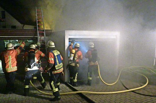 Die Feuerwehr in Ditzingen hat eine unruhige Nacht