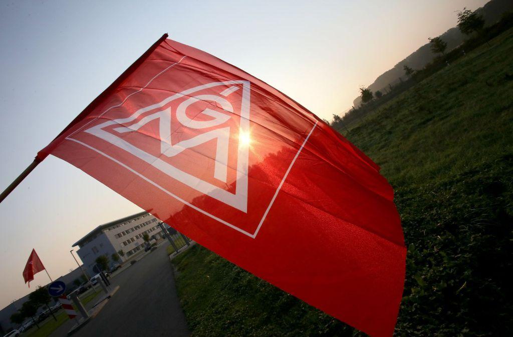 ROUNDUP: IG Metall will mehr Geld und kürzere Arbeitszeit - Bezirke ziehen mit