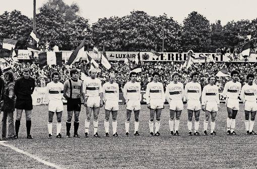 Die Aufstiegsmannschaft von 1977 Foto: Pressefoto Baumann