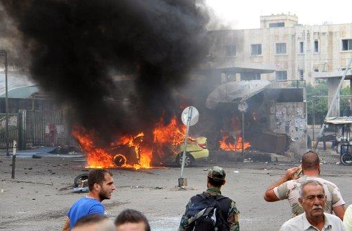 Mehr als hundert Tote bei Explosionen