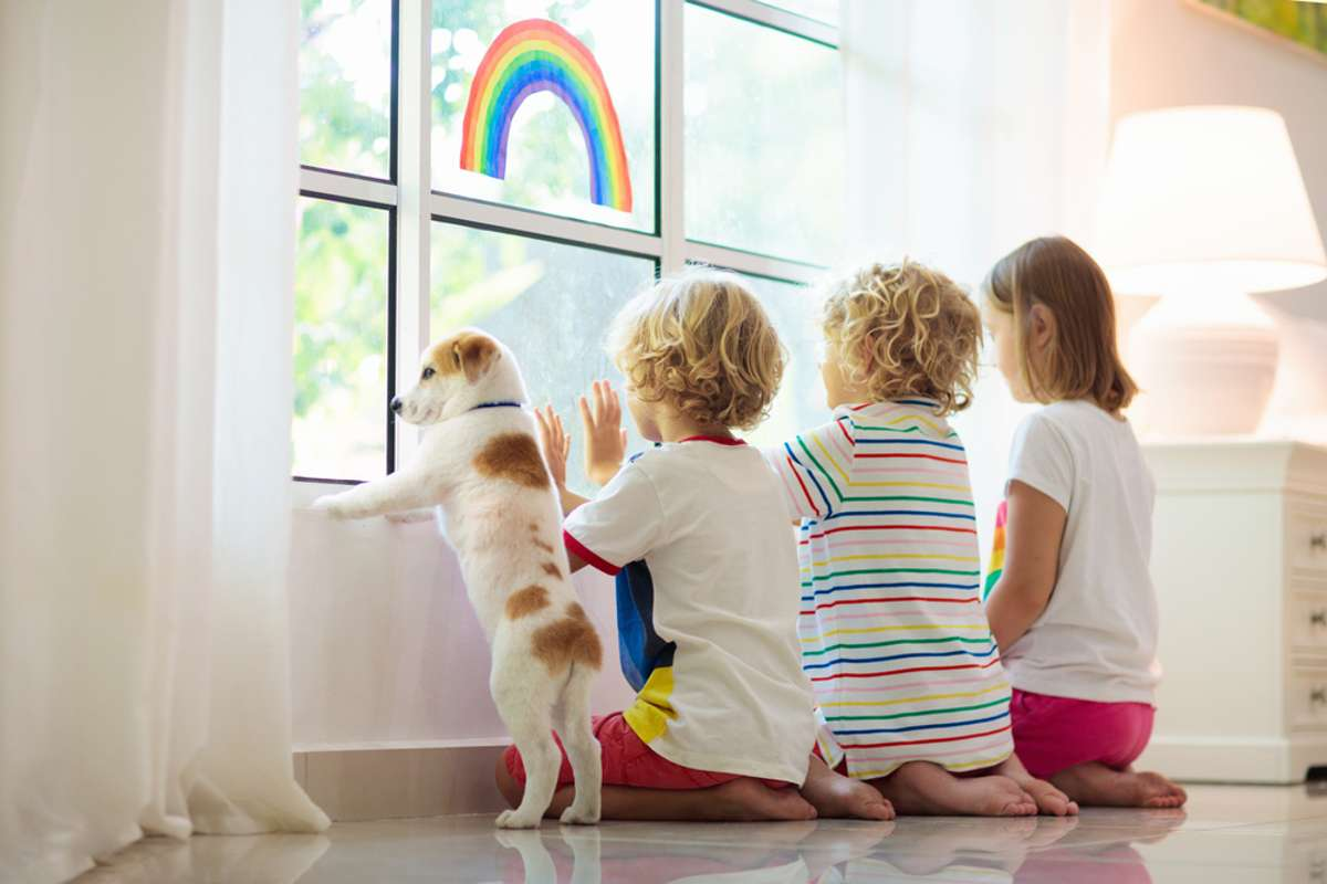Nach dem Urlaub ab in die Quarantäne? Foto: FamVeld / shutterstock.com