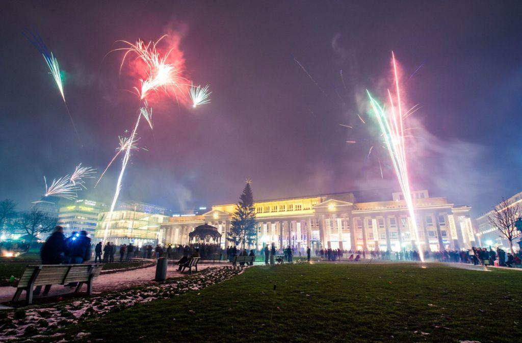 Das Silvesterfeuerwerk auf dem Schlossplatz soll es nach dem Willen der Stadt nicht mehr geben. Foto: 7aktuell.de