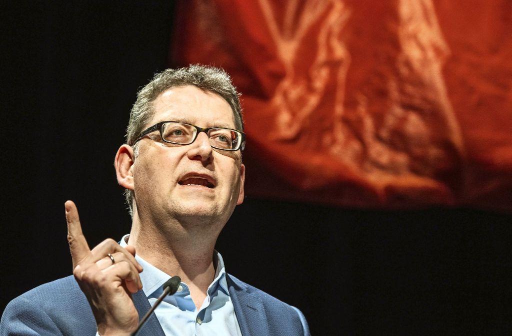 Der kommissarische SPD-Vorsitzende Thorsten Schäfer-Gümbel verteidigt den Widerstand seiner Partei gegen das EU-Personalpaket. Foto: picture alliance/dpa