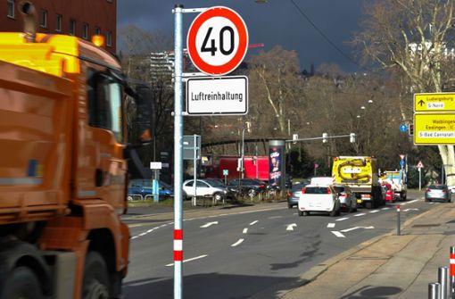 Tempo-50-Wahlplakat von Ballweg sorgt für Verwirrung