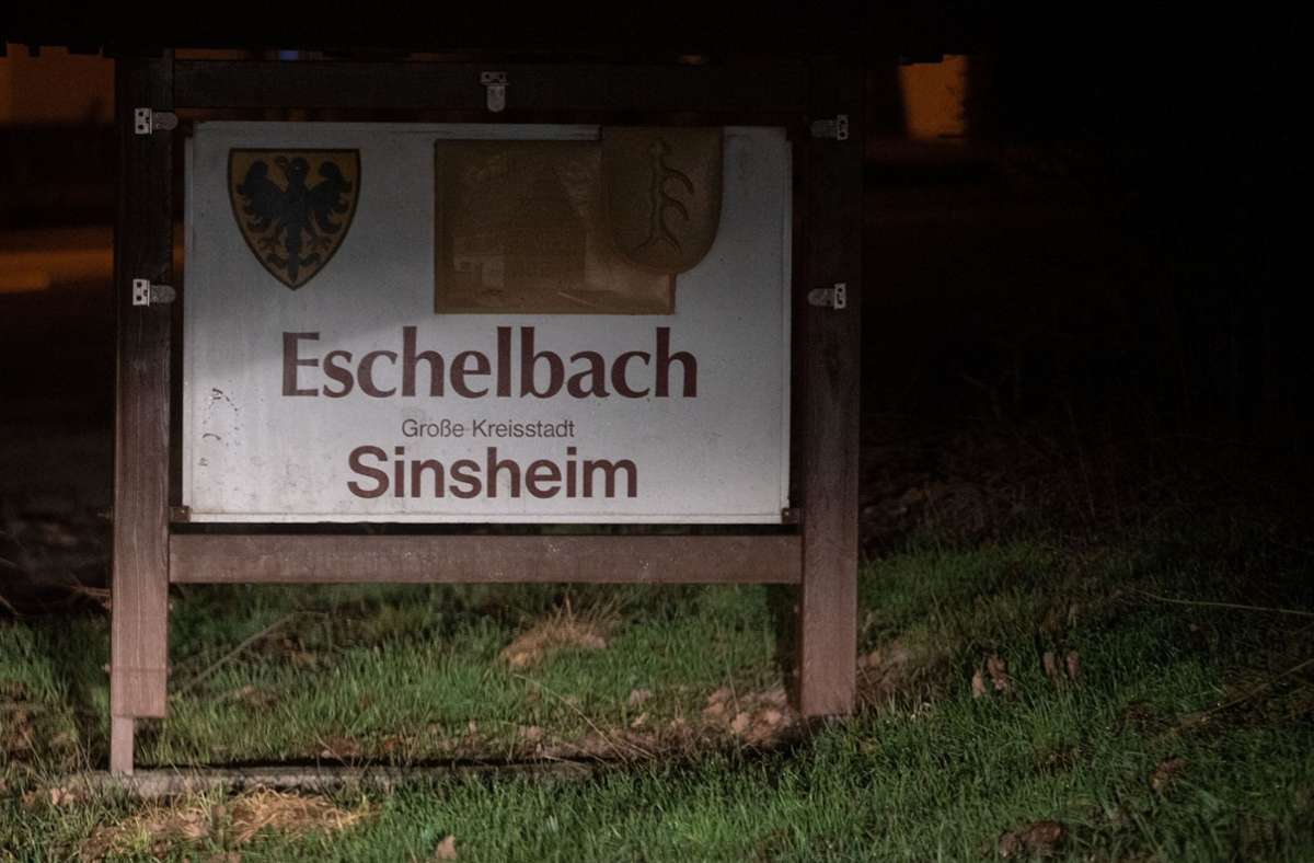 Ein 14-Jähriger steht im dringenden Tatverdacht, einen 13-Jährigen in Sinsheim-Eschelbach mit einem Messer getötet zu haben. Foto: dpa/Marijan Murat
