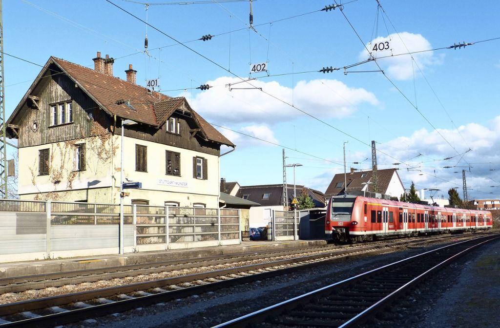 """Täglich pendelt das """"Schusterzügle"""" zwischen Untertürkheim und Kornwestheim – und macht auch in Münster Halt. Foto: Sebastian Gall"""