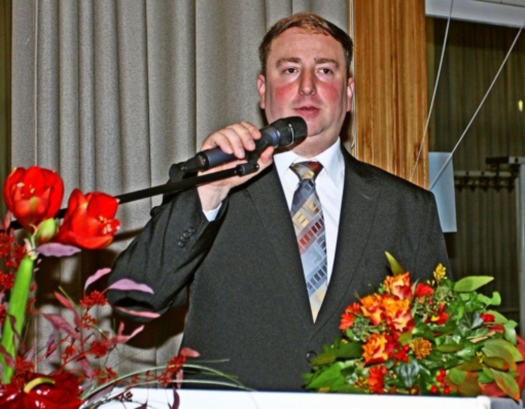 Der 36-jährige Matthias Strähle will zunächst an seiner Kandidatur festhalten. Foto: Karl Stolz