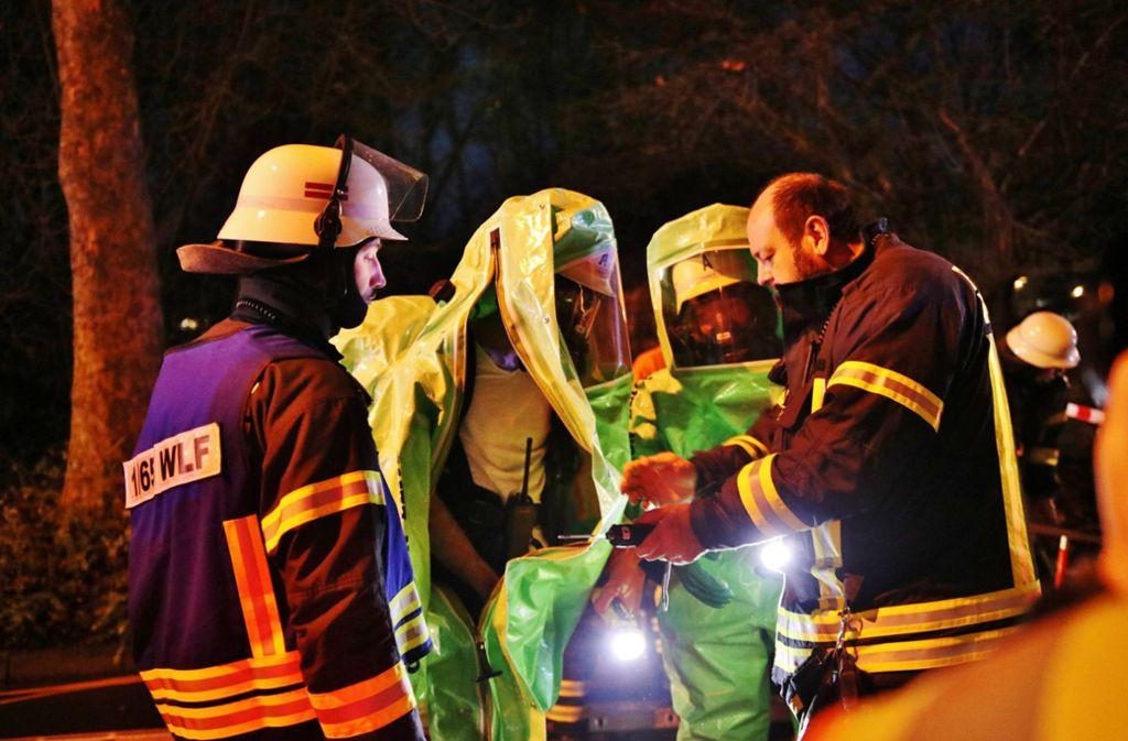 Die Feuerwehr rückte unter anderem mit einem Gefahrgutzug an. Foto: 7aktuell.de/Kevin Lermer