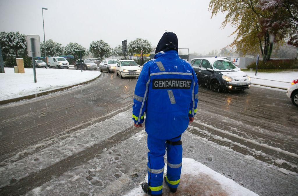 Eine Auffahrt zur Autobahn A7 – für Schwerfahrzeuge wurde sie gesperrt.  Foto: www.imago-images.de