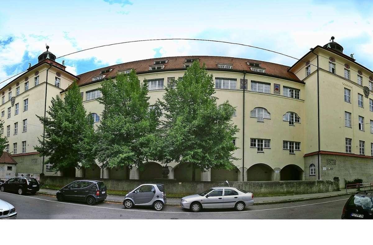 Die Heusteigschule in Panorama-Ansicht Foto: Achim Zweygarth