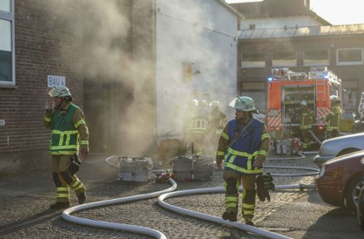 Maschinenbrand ruft Feuerwehr auf den Plan