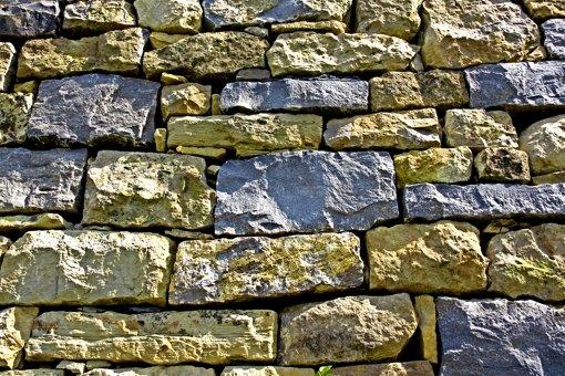 Trockenmauern gegen Bürokratiemauer?