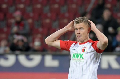 Schock für den FC Augsburg – Saison-Aus für Finnbogason