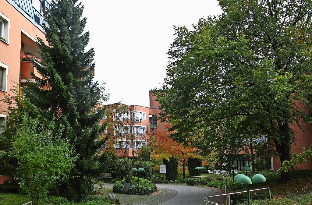 Das Hans-Rehn-Stift an der Supperstraße ist 1977 in Betrieb gegangen. Mittlerweile sind die Gebäude deutlich in die Jahre gekommen. Foto: Archiv Alexandra Kratz