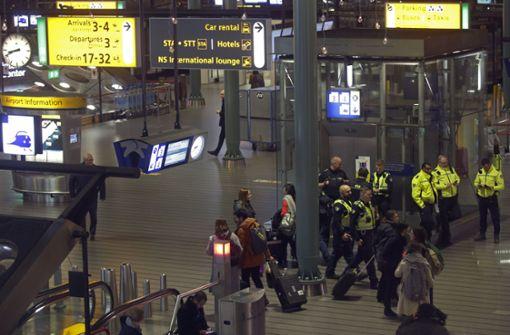 Großeinsatz nach falscher Entführungswarnung am Flughafen