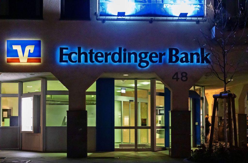 Die Echterdinger Bank gehört mit dieser einen Geschäftsstelle an der Hauptstraße zu den kleineren Banken auf den Fildern. Foto: Thomas Krämer