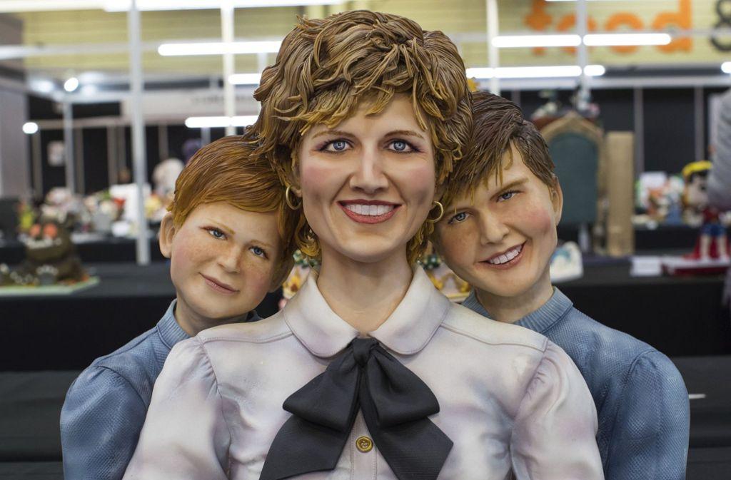 Prinzessin Diana und ihre Söhne, Prinz William und Prinz Harry in Kuchenform. Foto: PA
