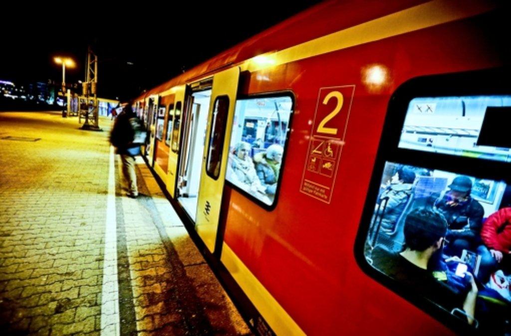 Die Nacht-S-Bahnen in der Region Stuttgart werden rege genutzt. Foto: Dirk Müller