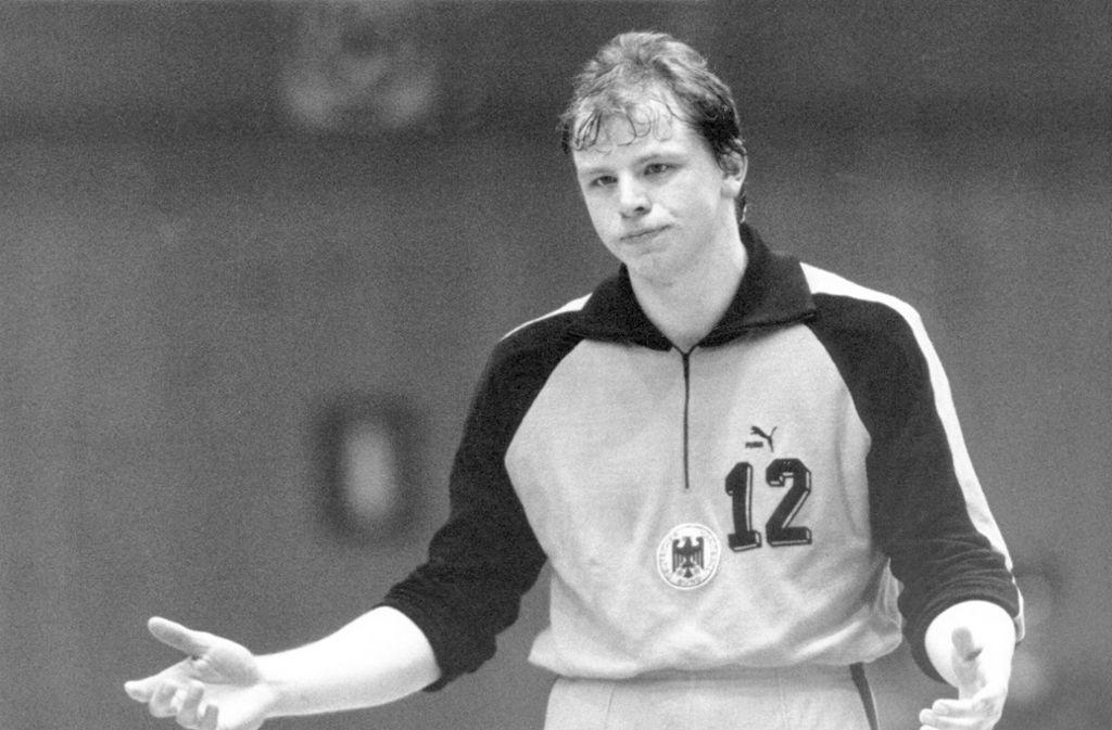 """Michael Krieter (u.a. THW Kiel, geboren am 21. August 1963 in Northeim), genannt """"Pumpe"""", hat als Nationaltorhüter 95 Länderspiele bestritten, wurde mit dem THW Kiel viermal deutscher Meister. Foto: imago/Sven Simon"""