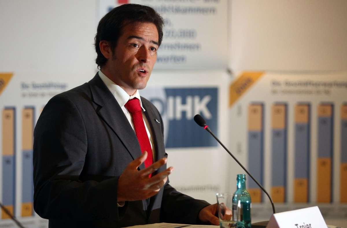 LAut DIHK-Außenwirtschaftschef Volker Treier trifft die Corona-Krise besonders deutsche Unternehmen, die im Ausland tätig sind. Foto: dpa/Hannibal Hanschke