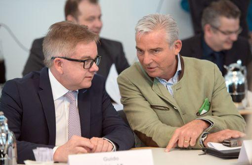 Thomas Strobl und Guido Wolf  gegen Verbot von Feuerwerk