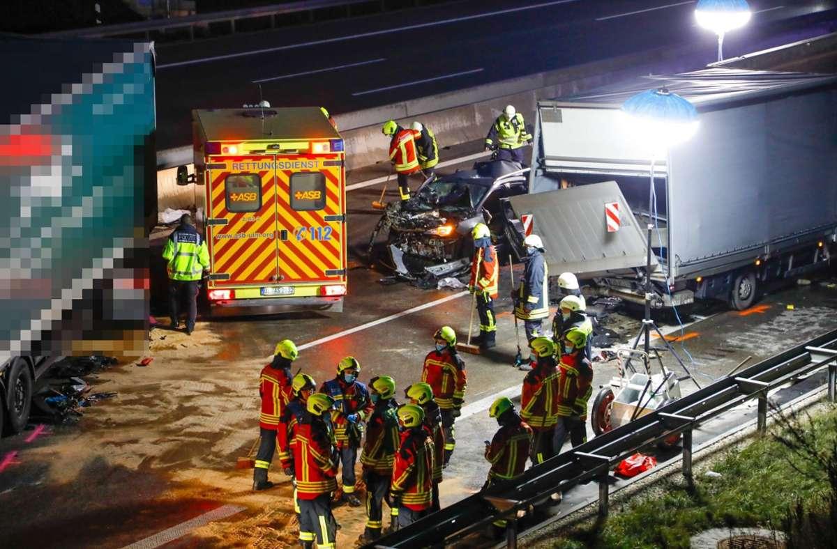 Bei dem Unfall auf der A8 wurden vier Personen verletzt. Foto: 7aktuell.de/Christina Zambito