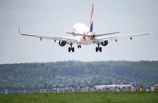 Warum scheint Fliegen oft billiger als Bahnfahren?