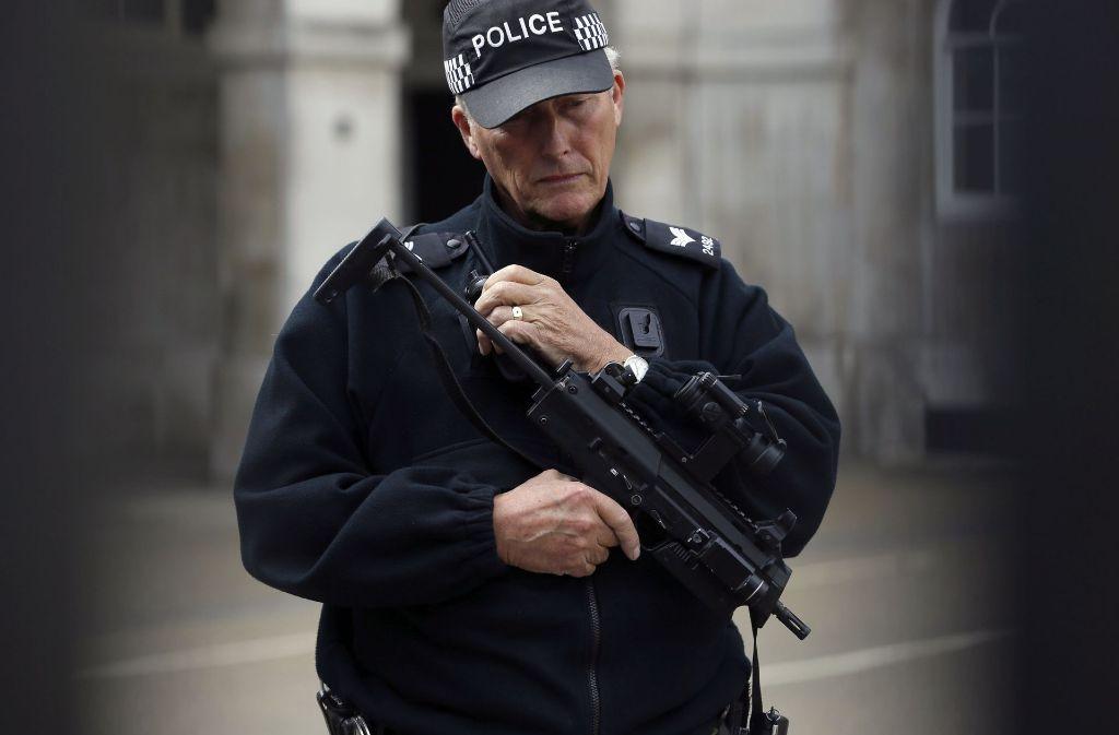 Londoner Polizei verhaftet 18-Jährigen