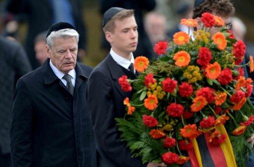 Gauck erinnert an unermessliche Schuld