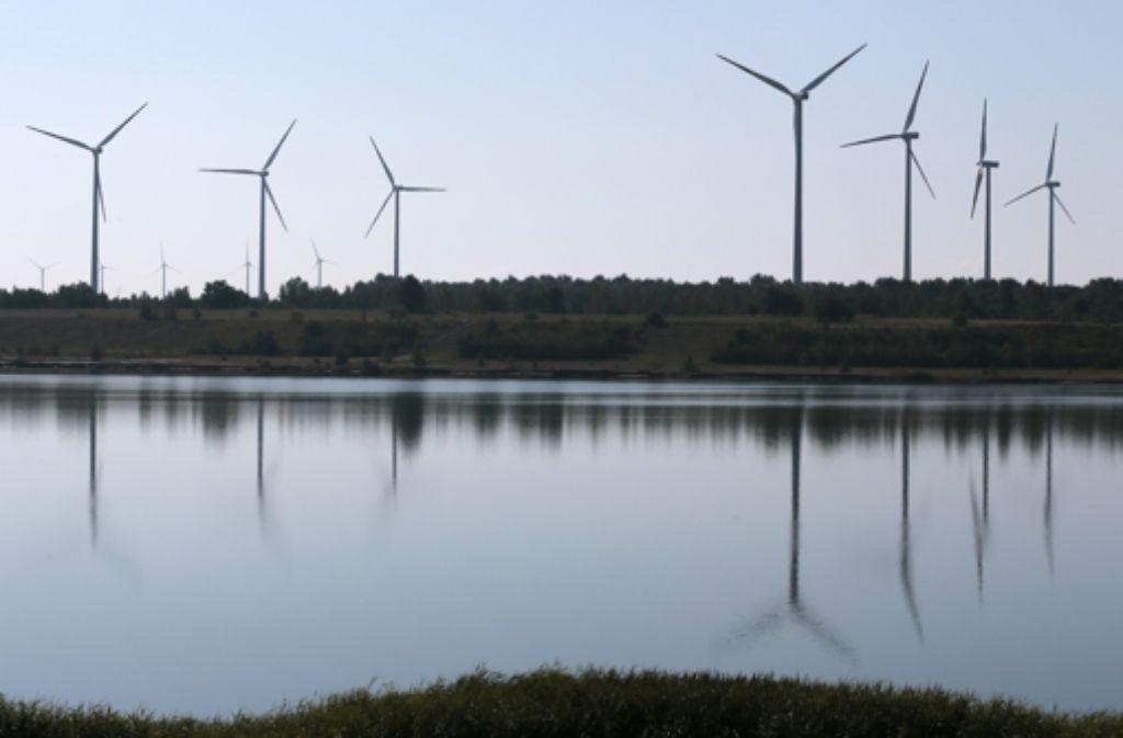 Andernorts sind Windräder ein gewohnter Anblick – in der Region noch nicht. Foto: dapd