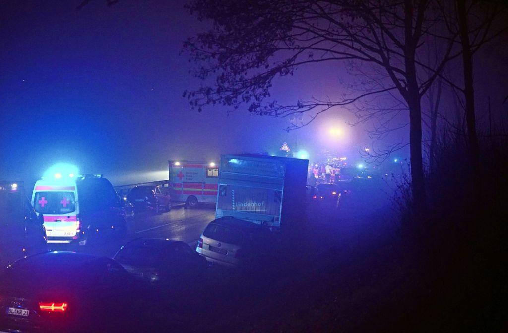 Zum Zeitpunkt des Unfalls herrschte dichter Nebel auf der B27. Foto: SDMG